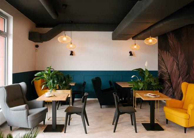 Fotografia wnętrz kawiarni w Gdyni
