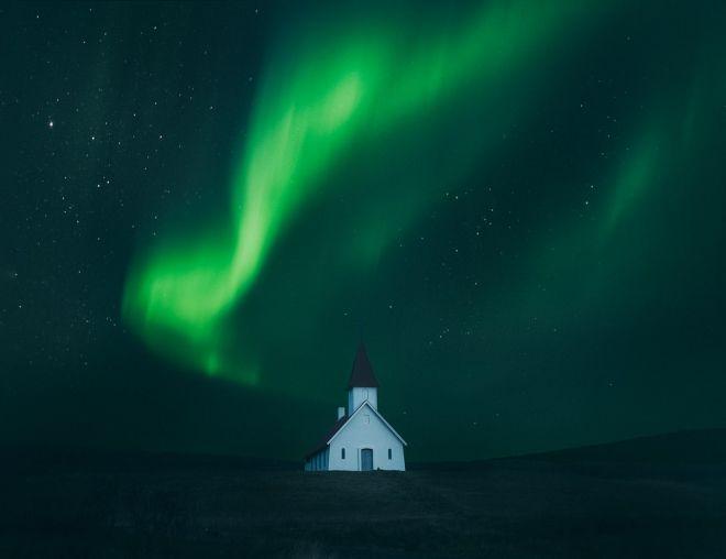 Northern lights photography by Adam Biernat